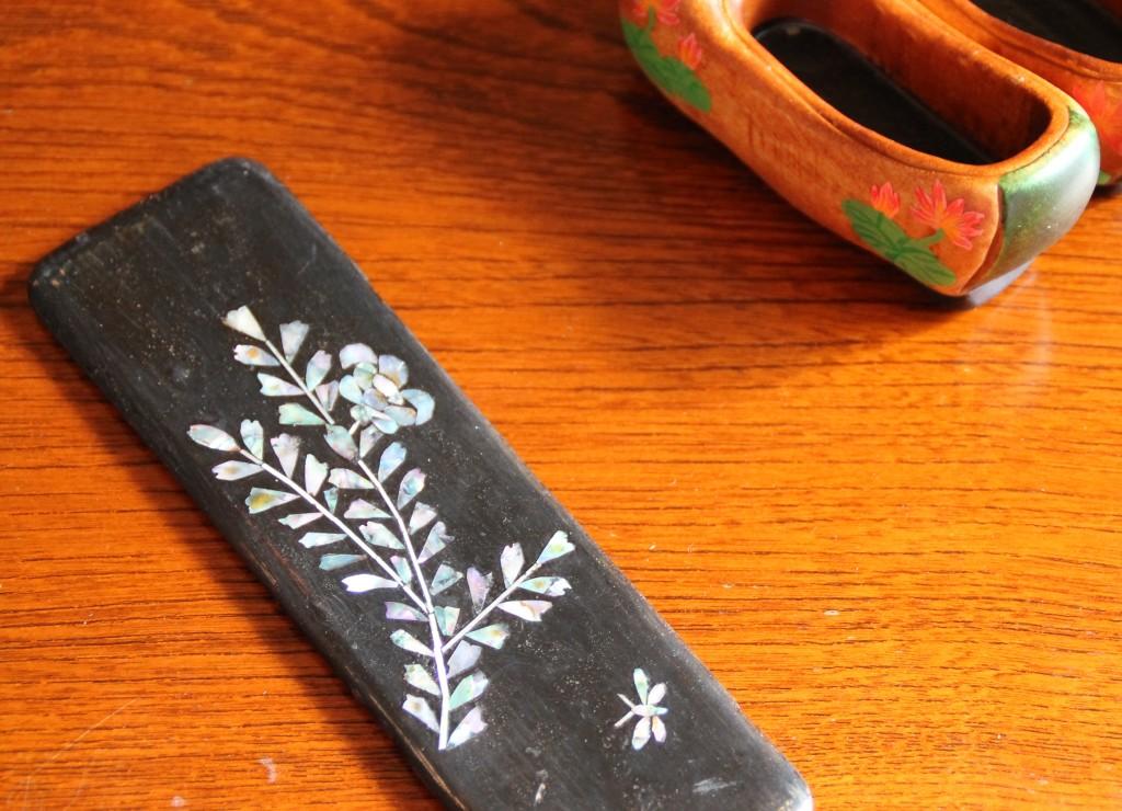 アンティーク螺鈿細工の糸巻き