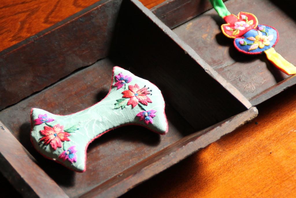 韓国アンティーク四角い木皿
